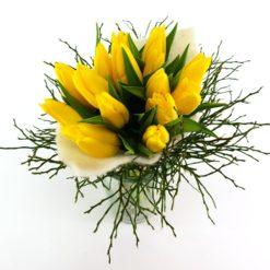 Tulpenstrauß im Filz gelb